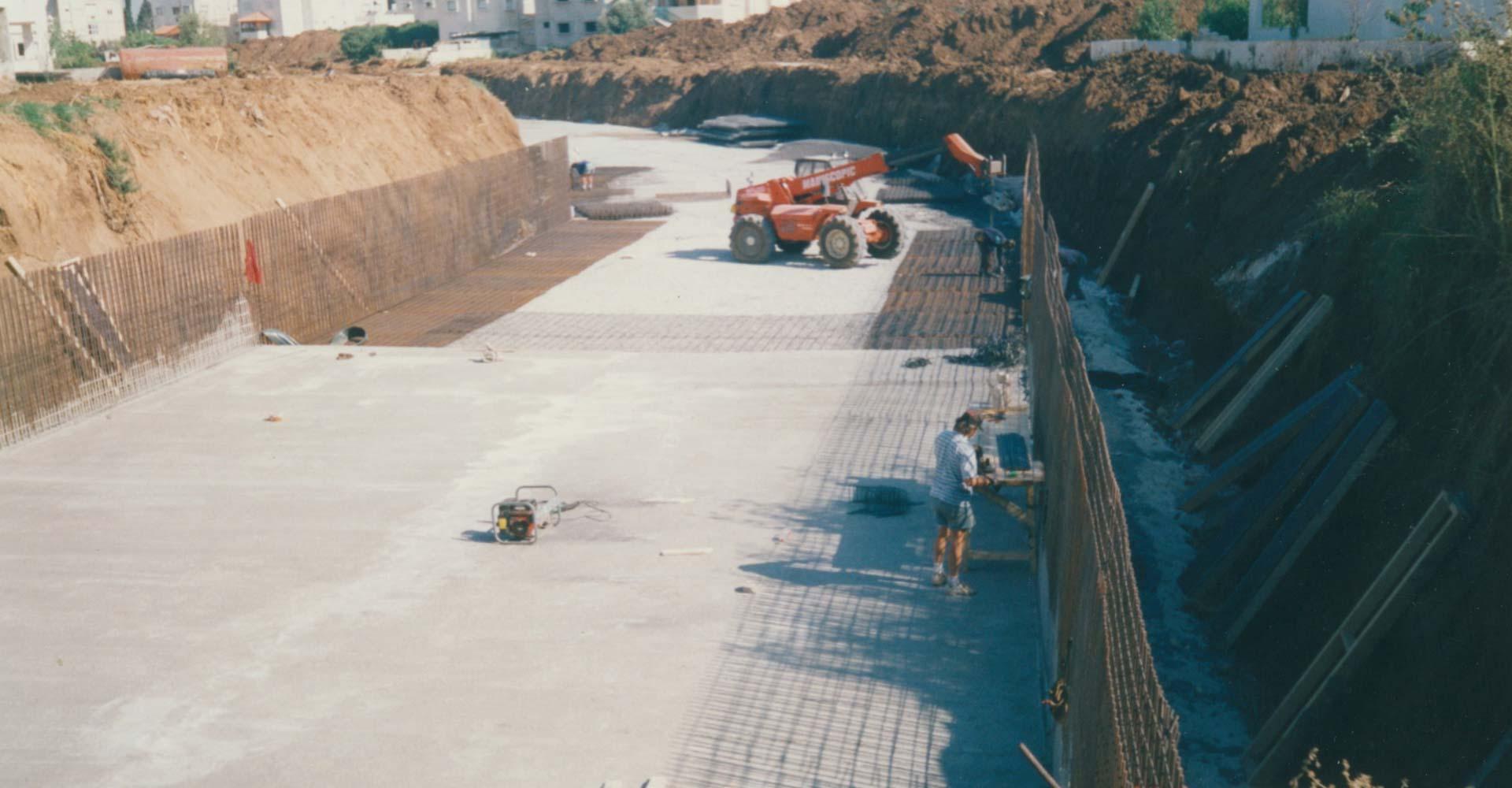מובל קלנסוואה בבניה 1998