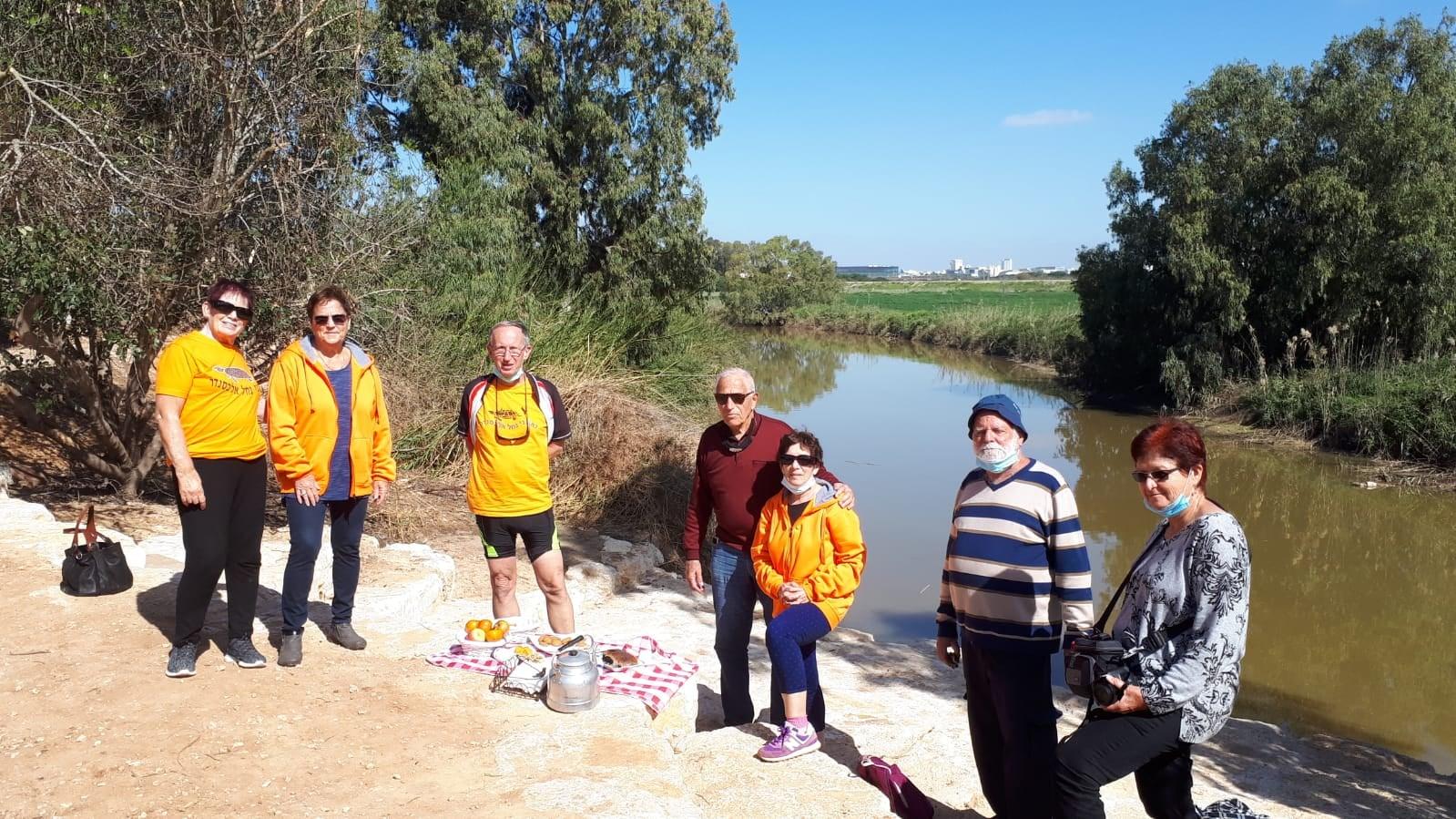 מקדמים שיתופי פעולה בקהילות סביב הנחלים